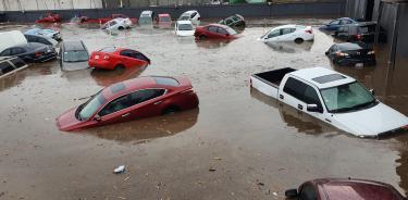 Fuertes lluvias provocan afectaciones en Toluca
