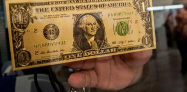 Dólar se vende hasta en 19.65 pesos en bancos