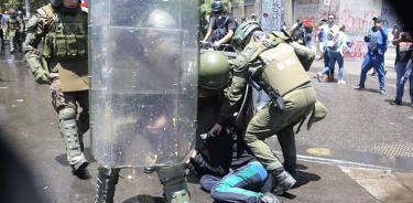 """HRW acusa a los Carabineros chilenos de """"graves violaciones de DH"""""""