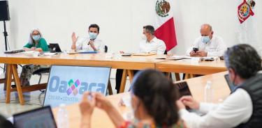 Busca Oaxaca el ordenamiento de su sector salud con apoyo del IMSS y el Insabi