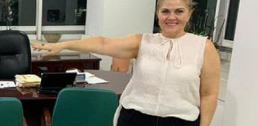 Falso que evaluadora de delegaciones IMSS sea sobrina de AMLO