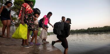 Biden elige deportar a los miles de haitianos que se agolpan en la frontera sur