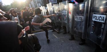 Manifestación de colectivos trans termina con destrozos en Insurgentes