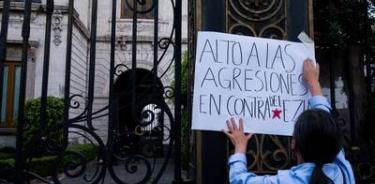 Activistas marchan en CDMX para exigir salida de paramilitares de Chiapas