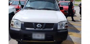 Tres sujetos intentaron robar camioneta con pruebas COVID-19 valuadas en más de 1 mdp