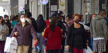 Edomex pasa a semáforo amarillo; aumentará aforo en comercios