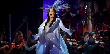 La soprano Anna Netrebko celebra 50 años en una gala con estrellas